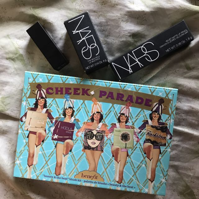 CHEEK PARADE & NARS DELUXE