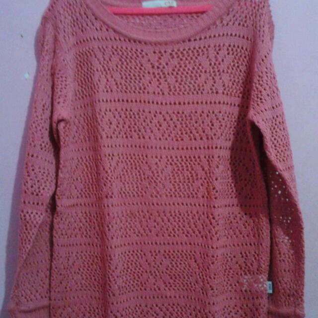 Exit Rajut Sweater