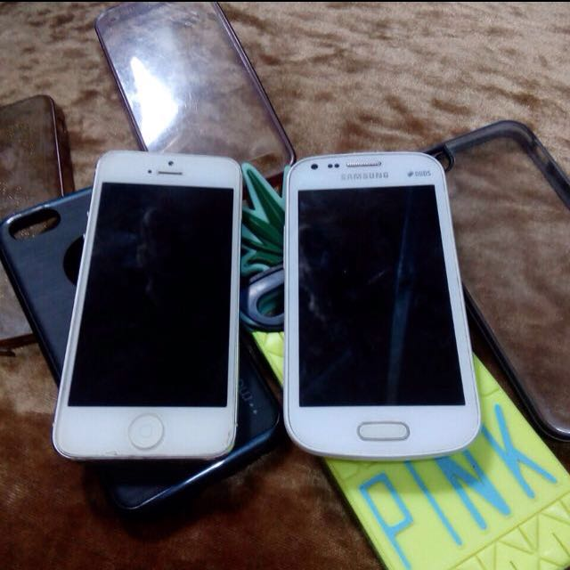 iPhone 5 & Samsung Galaxy S Duos