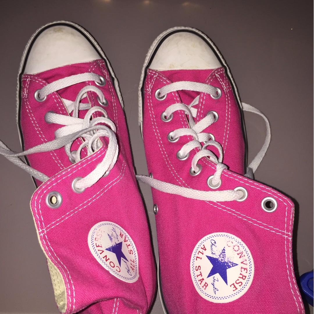 "Ladies Converse ""All Star"" sneaker"