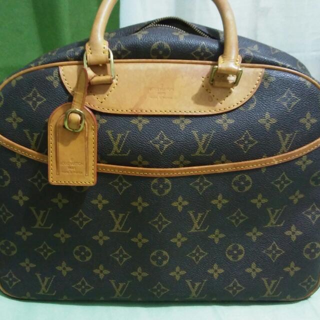 Lv Bag Deauville Travelling Bag Or Handbag Lv Repriced- 8000