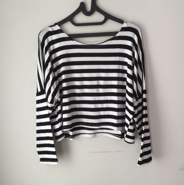 Maudy Blackwhite Sweater