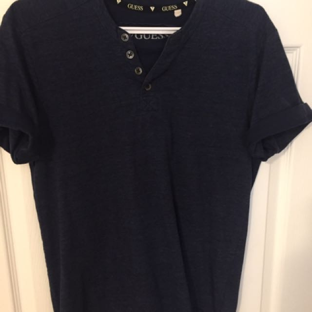 Mens Guess Navy Henley t-shirt. Size M