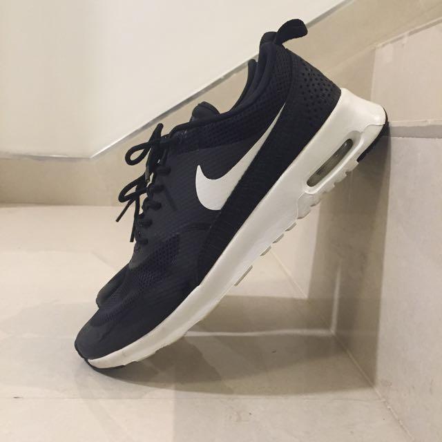 Nike Air Max Thea Black/White Size 9