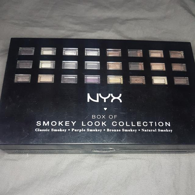 NYX Box of Smokey Look Collection