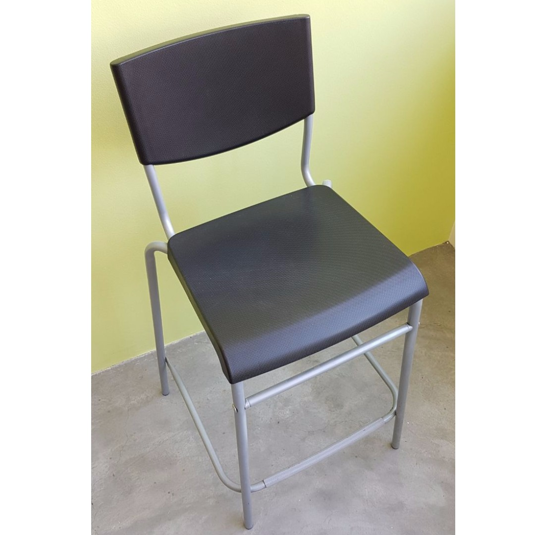 Nego] $8 Bar Chair - IKEA STIG, Furniture, Tables & Chairs on Carousell