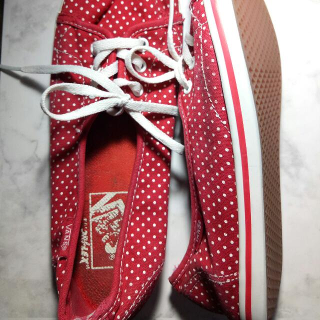 Vans Women's Size 6.5 Red Polkadot Lowtop Style