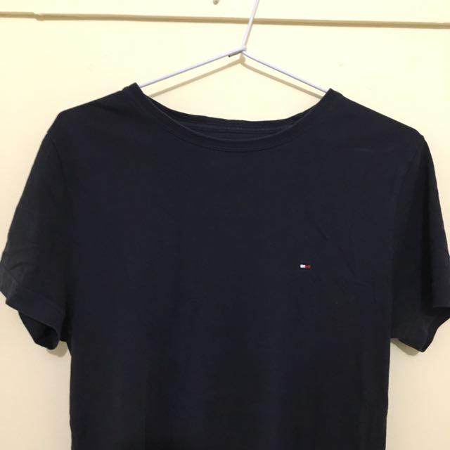 Tommy Hilfiger T Shirt Size Small