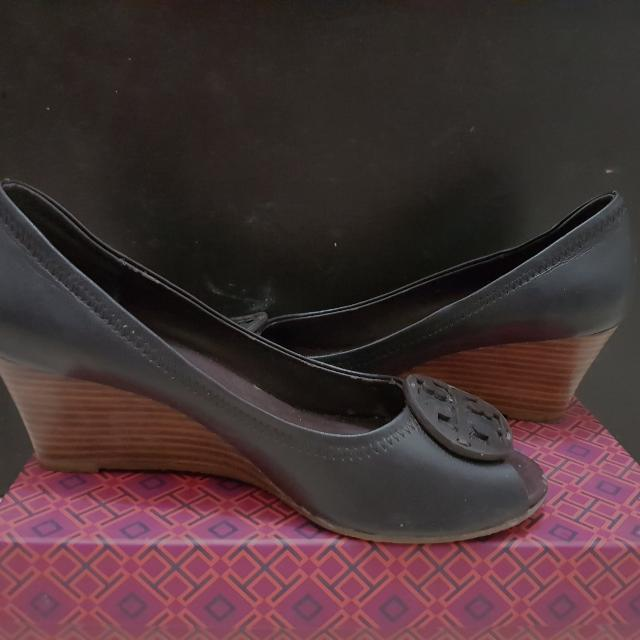(REPRICE!) Tory Burch WEDGES was 250.000
