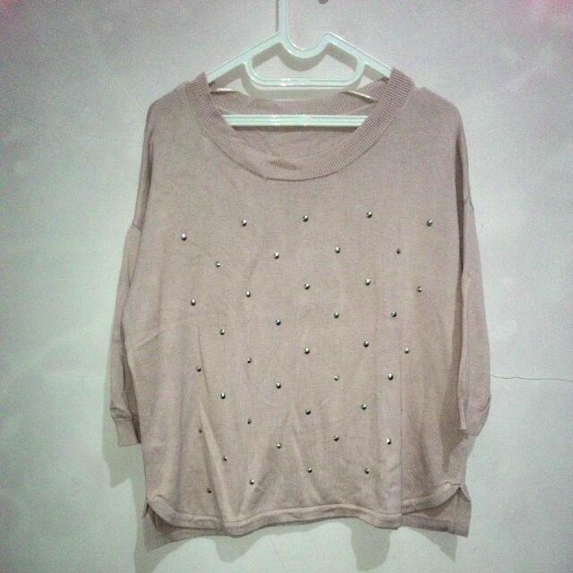 Uniqlo Smoky Pink Studs Sweater