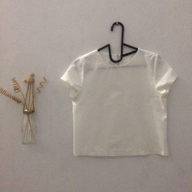Zara Atasan Putih