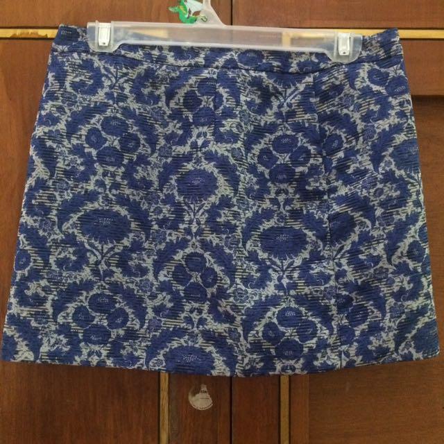 Zara Blue Floral Skirt Medium