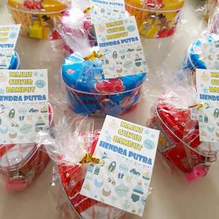 Goodie bag Customized Tags + Sweets/Snacks + Coin Banks