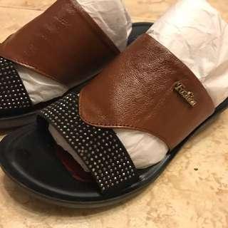 時尚設計風格,皮鞋