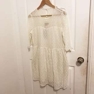 WHITE LACE SUNDRESS