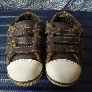 Sepatu Cool Size 26