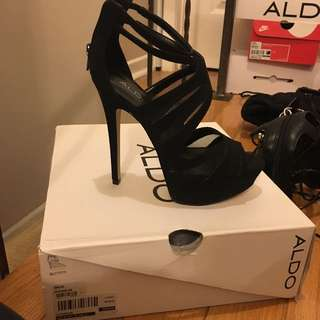Black High Heel With Open Toe And Suede