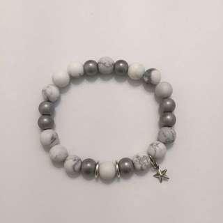 Women's White Howlite Stretch Bracelet With Star Charm