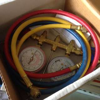 🚚 Refrigerant 2 Valve Manifold Gas Top Up