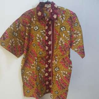 Kemeja Batik Lengan Pendek