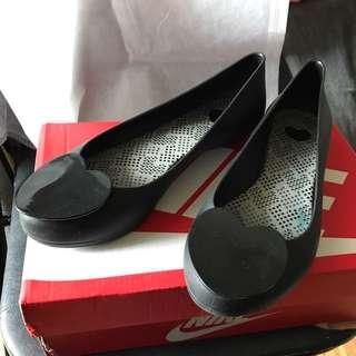 Melissa防水雨鞋雨靴愛心亮皮霧面尖頭娃娃鞋24