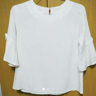 White Bell-sleeved Top