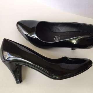 Novo Heel Size 6