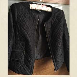 iROO 40 小香風外套