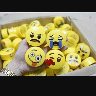 Innisfree No Sebum X Emoji