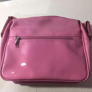 fiorucci sling bag