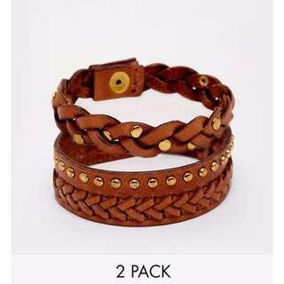 🇬🇧名品牌Pieces波西米亞風女孩 渡假感 籐編織釘民族風 扣式兩個一組 皮革手環 現貨咖啡色