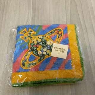 Vivienne Westwood 手巾仔