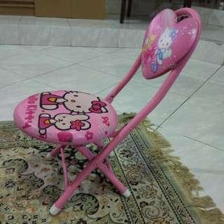 Kursi lipat Hello Kitty