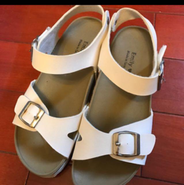 涼鞋36號