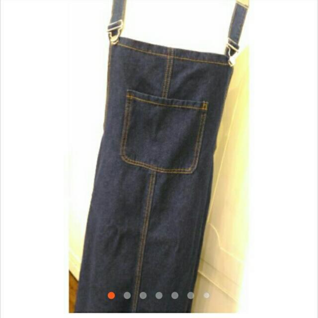 牛仔深藍吊帶裙