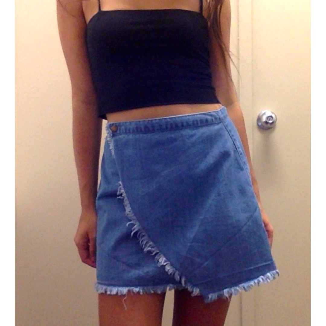 ALL ABOUT EVE Denim Material Skirt