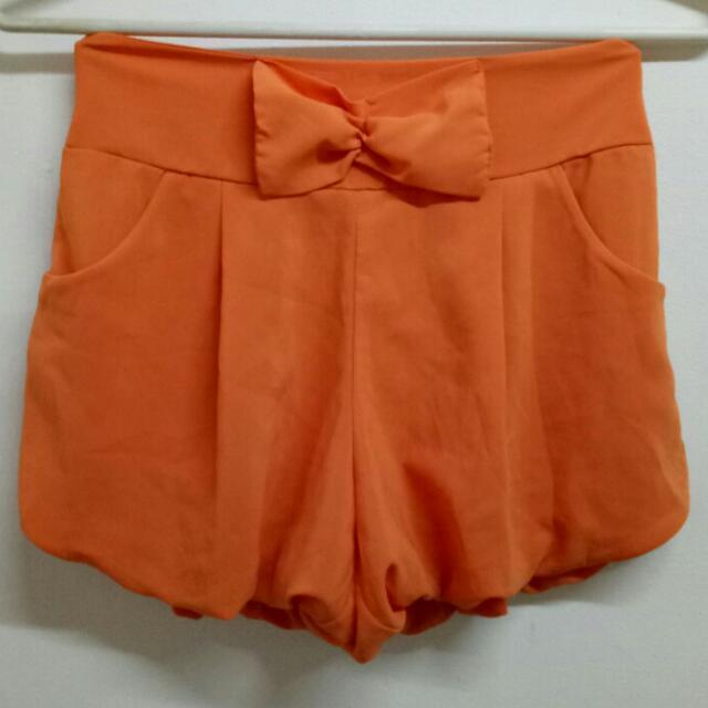 Balloon Orange Shorts