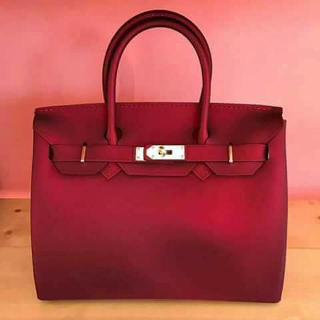 Beachkin Bag Red Matte #InstantCash