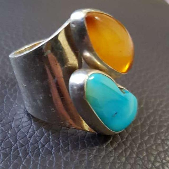 Beutiful silver rings with semi precious stones