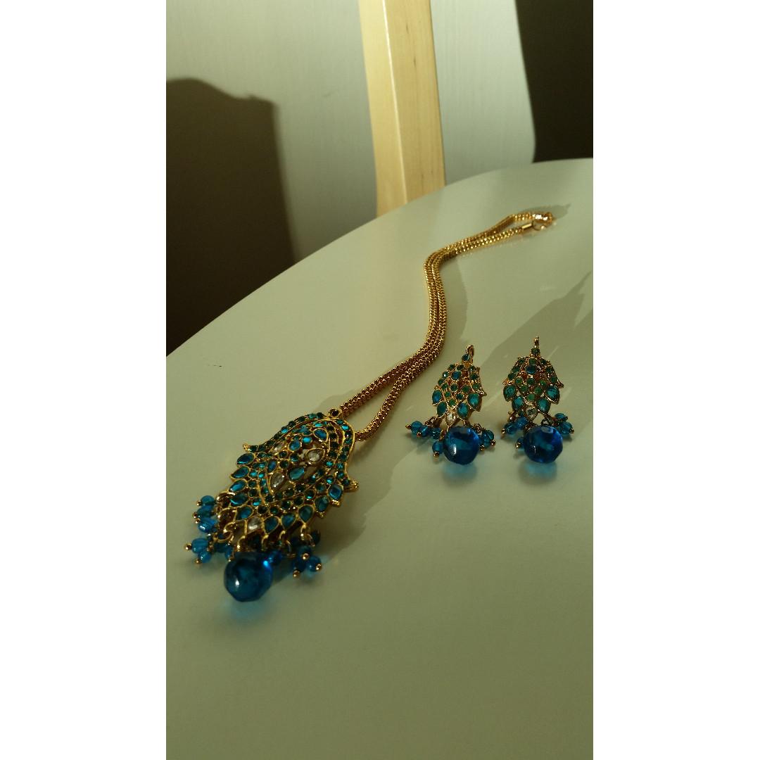Blue & Gold Costume Jewellery Set