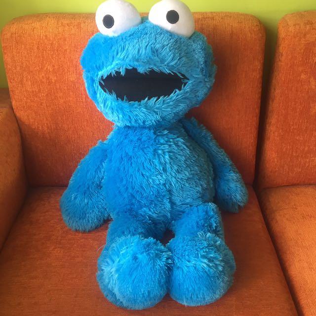 Boneka Elmo Biru