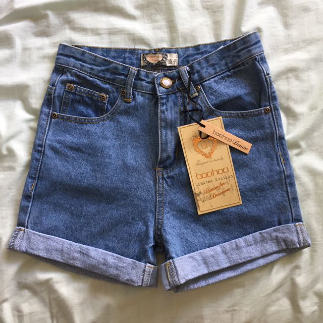 BRAND NEW! Boohoo Mom Shorts