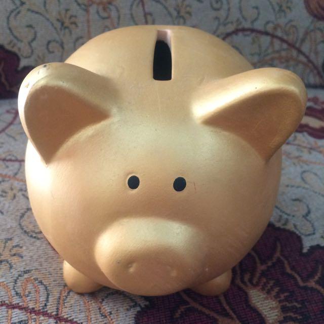 Celengan Piggy Unik