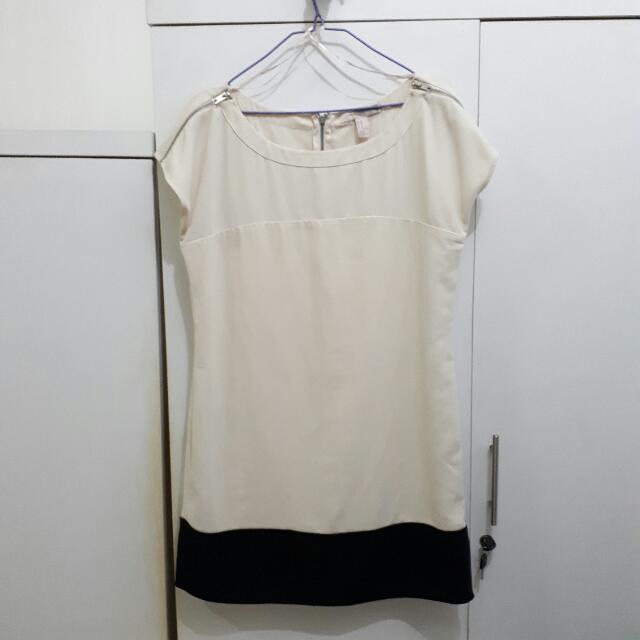 Forever 21 White Creme Casual Dress - Baju Wanita