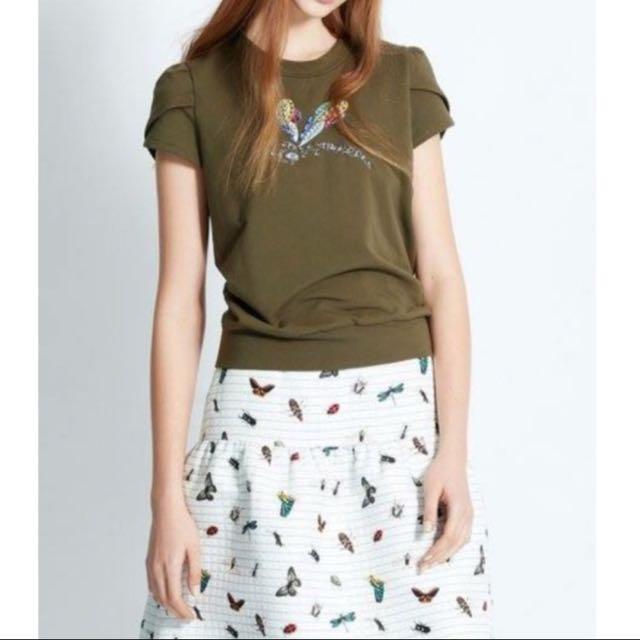 iROO  38 蜻蜓亮珠蝴蝶袖造型上衣