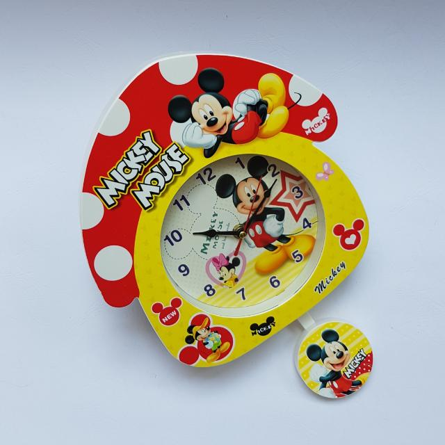 Jam Mickey Mouse