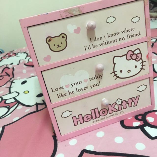 可換物)kitty收納盒