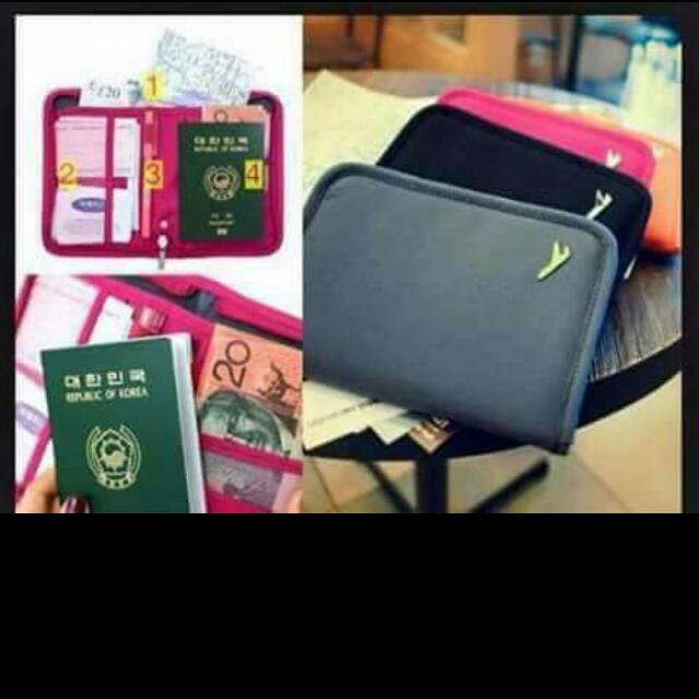 Passport Holder/Organizer