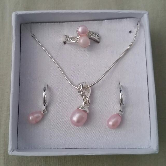Pink Freshwater Pearl Set