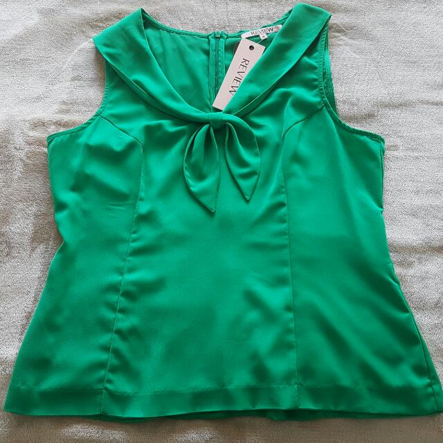 Review- Emerald Green Bow Top (Size 14)